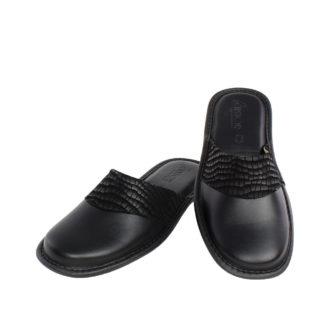 Γυναικείες δερμάτινες παντόφλες Croco μαύρο χρώμα