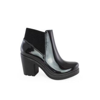 Women's boots Luiza black color