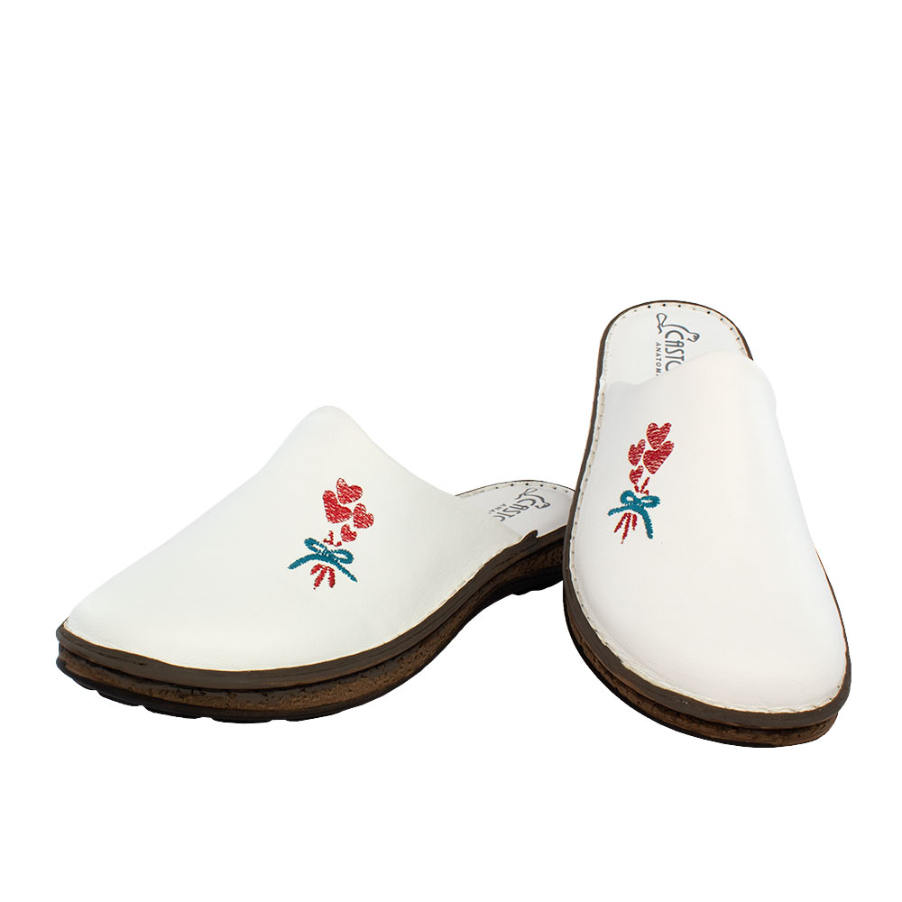 Γυναικείες δερμάτινες παντόφλες Δάφνη λευκό χρώμα,