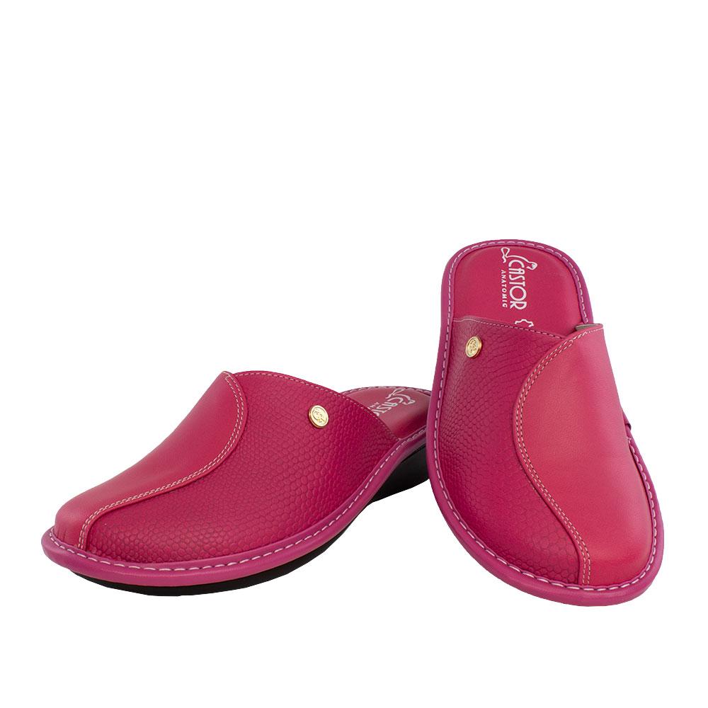Γυναικείες δερμάτινες παντόφλες Εκάβη φούξια χρώμα